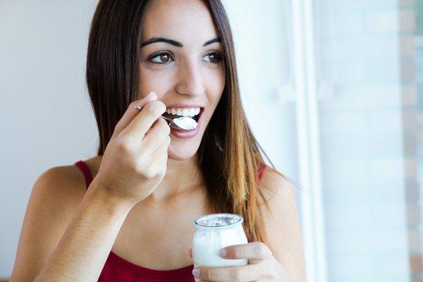 """Tìm hiểu """"THỜI ĐIỂM VÀNG"""" nên ăn sữa chua 2"""