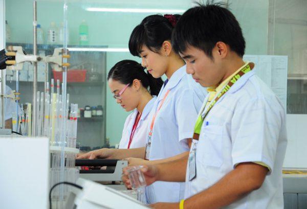 Liên thông Trung cấp lên Đại học ngành Dược và những thông tin cần biết