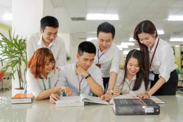 các trường cao đẳng có học phí thấp ở tphcm